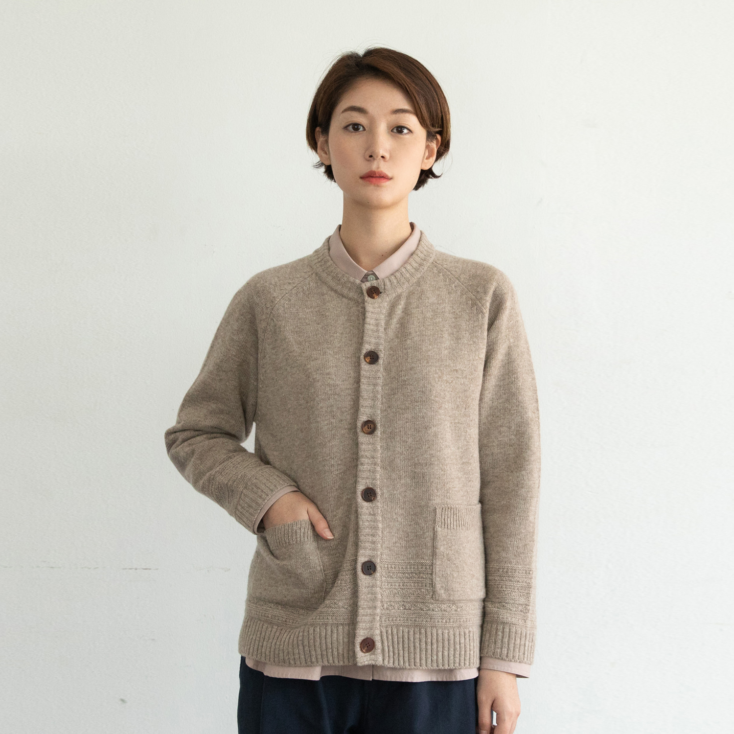 Women Gentle Link Cardigan (Oatmeal)