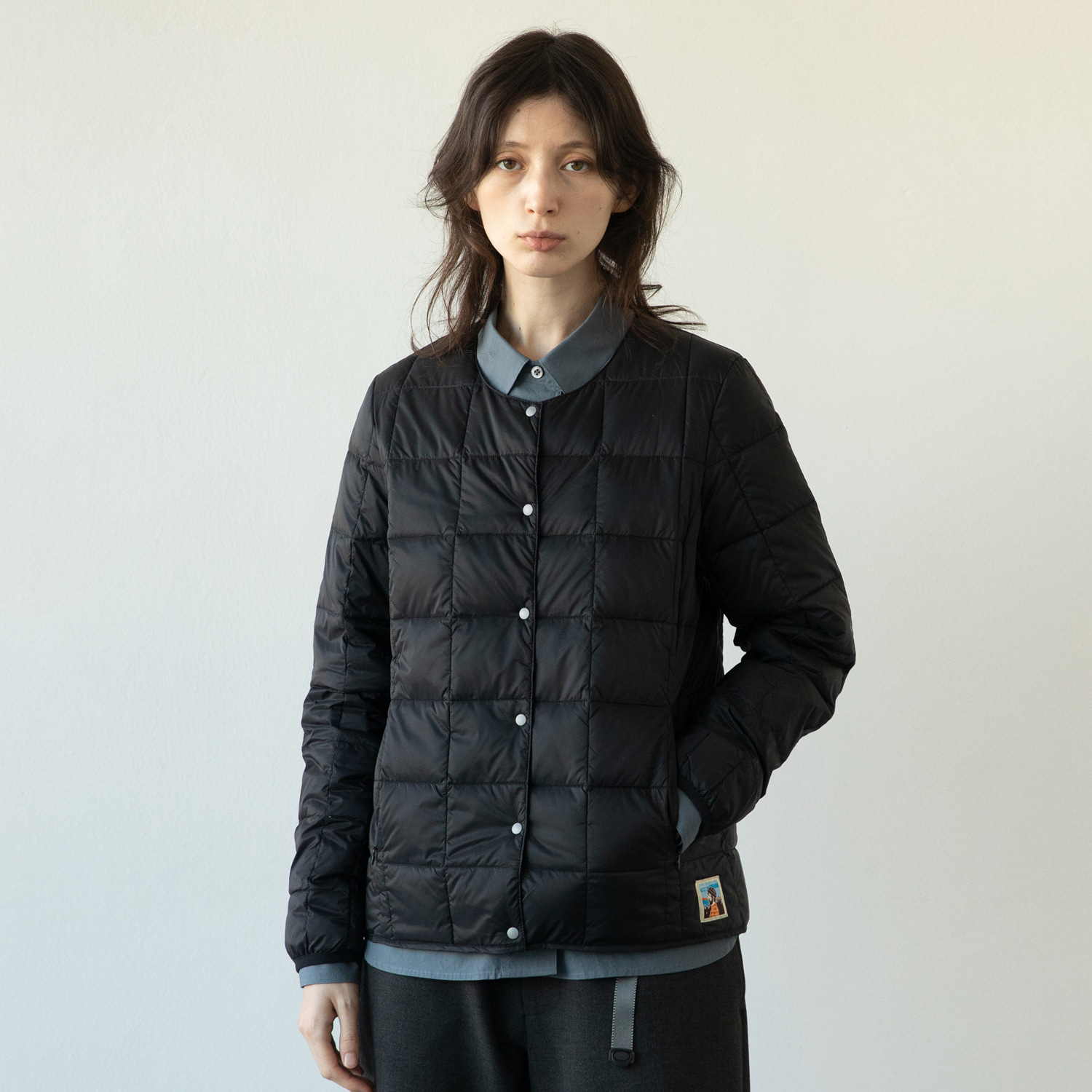 TAION X ANOTHEROFFICE WOMEN DOWN CARDIGAN (BLACK)